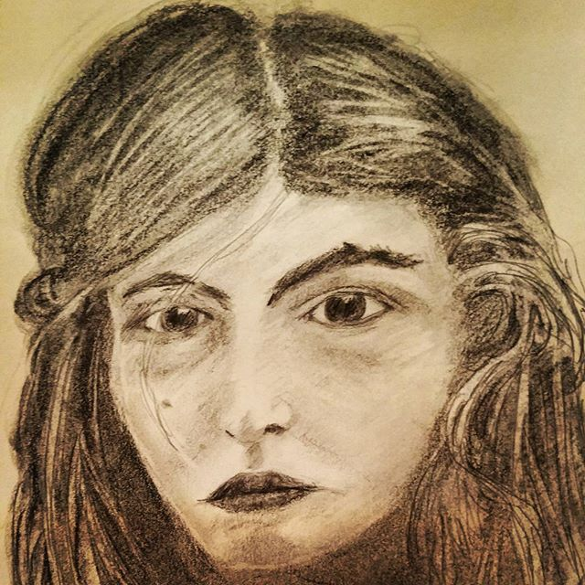 Josephine-portrait-in-graphite